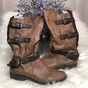 Two tone buckle boots